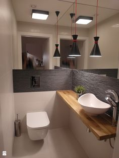 here are some small bathroom design tips you can apply to maximize that bathroom space. Checkout 40 Of The Best Modern Small Bathroom Design Ideas. Rustic Contemporary, Apartment Interior, Contemporary Kitchen Tables, Contemporary Kitchen, Guest Toilet, Contemporary Interior, Modern Kitchen Tables, Toilet Design, Bathrooms Remodel