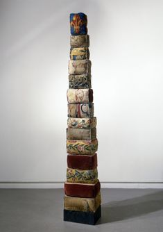 Louise Bourgeois - stacks
