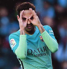 Neymar beats Ronaldinho's Barcelona goal tally with effort Fc Barcelona Neymar, Barcelona 2017, Football S, Neymar Jr, Best Player, Club, Football Players, Premier League, Saints