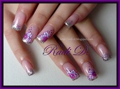 Flowers and glitter - Nail Art Gallery