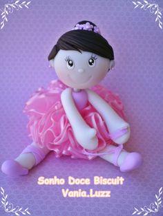 https://flic.kr/p/cREfyj   Topo de bolo bailarina =)   Orçamento:vania.luzz@yahoo.com.br
