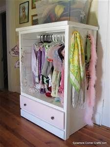 Sycamore Corner Crafts: Dress Up Wardrobe from a Dresser