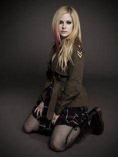 esse blog foi feito para todos os fãs da Avril Lavigne que gostam de pegar imagens gifs clipes e para publicar novidades da cantora
