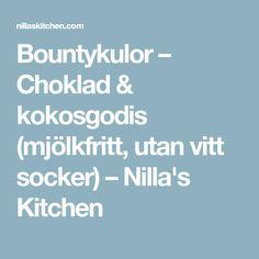 Bountykulor – Choklad & kokosgodis (mjölkfritt, utan vitt socker) – Nilla's Kitchen Nilla, Veggie Recipes, Veggie Food, Lchf, Veggies, Snacks, Vegan, Mat, Advent Ideas