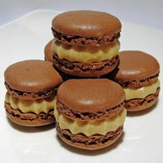 Dragon's Kitchen: Chocolate Macarons Filled With Coffee Cream Cheese