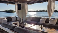 Flussfahrt Zambezi River Cruise bei den Victoria Falls  #Zambezi #VictoriaFalls #Flussfahrt Outdoor Furniture, Outdoor Decor, Bed, Home Decor, Zimbabwe, Waterfall, Viajes, Decoration Home, Stream Bed