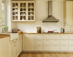 Ikea Bodbyn Kitchen Corona On Behance Ikea Bodbyn Kitchen, Ikea Kitchen Storage, Ikea Kitchen Design, Small Kitchen Layouts, Kitchen Cabinets In Bathroom, Kitchen Redo, New Kitchen, Kitchen Remodel, Kitchen Tips