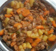 Picadinho de carne com batata e cenoura – fácil