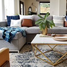 Our of July SALE starts NOW 💥 off EVERYTHING with code ROSEALLDAY + up to off select pillows. This little gem is an oldie, but goodie from my girl Erin featuring our Avery coffee table 🖤🖤🖤 Grey Sectional Sofa, Living Room Sectional, Living Room Grey, Living Room Decor, Sofa Bed, Gray Couches, Gray Sofa, Living Room Color Schemes, Living Room Designs