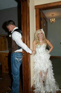 Teen mom on pinterest role models groomsmen and amber for Chelsea deboer wedding dress