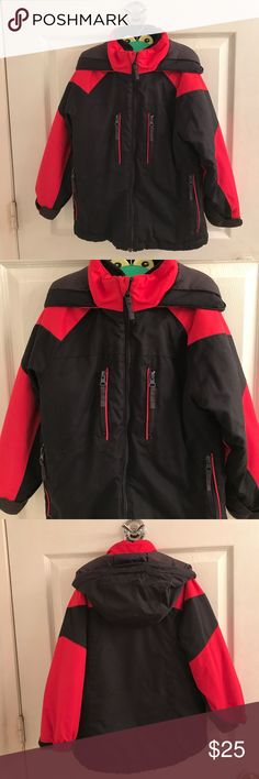 Convertible Winter Jacket Boy's Awesome Convertible Hooded Thermolite Winter Jacket. Size:5/6. Condition Used from 1-10 is 9.5. Colors are black and red. Hood not detachable. Front zipper closure. 4 front zipper pockets. Velcro adjustable tabs on cuffs. Inside zips out so u can wear black fleece part alone or use jacket as a light jacket zip it back in u have a warm winter jacket. Tag has faded on size & the other tag his my sons name on it can be snipped out. Machine wash tumble dry. NO…