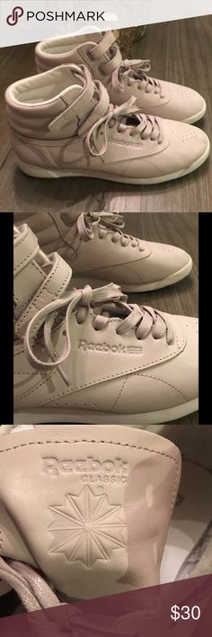 2218a1d9c09 Reebok C Face Stockholm Classic Hi Beautiful hard to find gray classic gray  size 9.