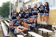 Cheerleading picture idea cheer life - love it w / aubree Cheerleading Team Photos, Cheer Team Pictures, School Cheerleading, Cheer Coaches, Cheer Stunts, Cheer Mom, Football Poses, Cheers Photo, Cheer Poses