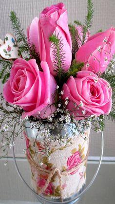 Image beautiful roses in Rakesh Kumar Sharma's images album Beautiful Rose Flowers, Flowers Gif, Beautiful Flowers Wallpapers, Flowers Nature, Love Flowers, Rose Images, Flower Images, Rose Flower Wallpaper, Good Morning Roses