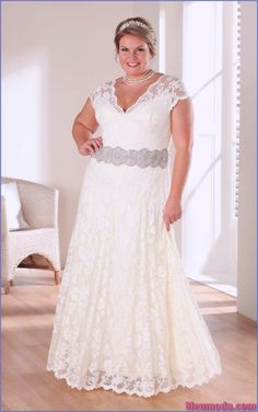 cheap plus size wedding dresses with color - informal wedding dresses for older brides Informal Wedding Dresses, Plus Size Wedding Gowns, Casual Wedding, Cheap Wedding Dress, Plus Size Dresses, Lace Wedding, Formal Dress, Luxury Wedding, Rustic Wedding