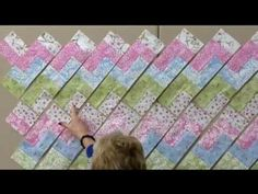 Quilt in a Day Zig-Zag Pattern.  Eleanor Burns demos a wonderful rectangular ironing board and rulers