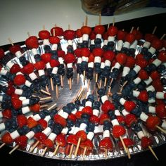 holidayideas dessert recipes skewers crowd fruit ideas white party easy july blue diy for Red White and Blue Fruit Skewers Easy July Dessert Recipes for a Crowd DIY of July PartYou can find Red white and blue dessert recipes and more on our website Easy July 4th Desserts, Fourth Of July Food, 4th Of July Celebration, 4th Of July Party, July 4th Appetizers, Patriotic Desserts, Usa Party, 4. Juli Party, Deco Fruit