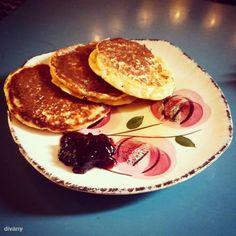 csicsriborsólisztes palacsinta Steiner K. Vegan Vegetarian, Vegetarian Recipes, Paleo, Food Wallpaper, Vegan Pancakes, Healthy Sweets, Vegan Desserts, Minion, Smoothies