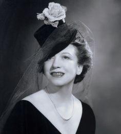 Elizabeth-Arden.jpg (960×1067)