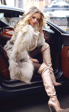Knee High Heels, Sexy High Heels, Thigh High Boots, High Heel Boots, Over The Knee Boots, Rich Girls, Fur Fashion, Womens Fashion, Long Boots