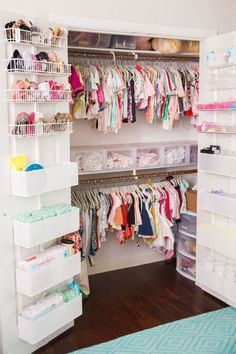 Keep your baby's nursery organized with these 11 clever and stylish nursery organization ideas. Related posts:disney baby nursery ideasDecorate your baby girl's nursery beautifully with these light colors: blush. Baby Bedroom, Baby Room Decor, Nursery Room, Girl Nursery, Girls Bedroom, Room Baby, Trendy Bedroom, Baby Girl Bedroom Ideas, Baby Room Ideas For Girls