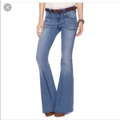 "Divine Rights of Denim ultra flared jeans Item: Divine Rights of Denim me wash flared jeans. So fun!!!! Size: 27  Measurements: waist 15""across inseam 34"" rise 7.5"" Divine Rights of Denim Jeans Flare & Wide Leg"