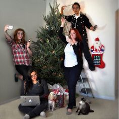 Funny Christmas Card idea: Texting, selfie-taking, Tweeting, instant-messaging, Instagram-posting, Facebook-updating — any family with teens knows the reality of Christmas in 2015.
