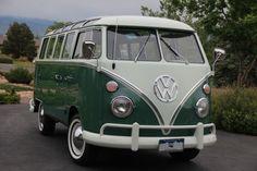 Volkswagen : Bus/Vanagon 1965 21 Window Deluxe Ragtop Microbus. LOVE <3