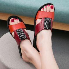 Aliexpress.com: Comprar La nueva madre de moda de verano sandalias y zapatillas, suave suela de zapatillas casual para mujeres, zapatillas planas con yardas grandes en los ancianos de zapatillas y sandalias confiables proveedores de kevin cao's store.