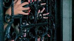 Monster - Kanye West ft. Jay-Z, Nicki Minaj, Bon Iver, Rick Ross