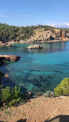 Ibiza im Oktober: So schön ist Ibiza in der Nebensaison Halloween Fotos, Places To See, Alice, River, Blog, Outdoor, Summer, Halloween Night, Hello Summer