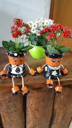 Bilderesultat for bonecos de vasos de ceramica