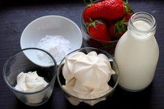 """Diaporama """"Comment faire un dessert minute à la fraise (Eton Mess) ?"""" - Les ingrédients"""