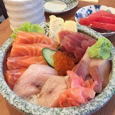 International Sushi Day 6.18.15. Chirasi #HappinessInABowl.