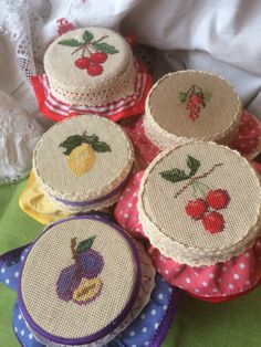 Embroidery Sampler, Wool Embroidery, Modern Embroidery, Cross Stitch Embroidery, Cross Stitch Patterns, Cross Stitch Fruit, Cross Stitch Kitchen, Beaded Cross Stitch, Cross Stitch Flowers