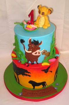 Lion King - Rendition of a famous cake by Peggy Does Cakes and came out cute and cuddly :)