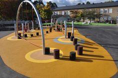 Skola, Årsta - Lekplatskonsulten & Konstgräskonsulten Landscape Elements, Urban Landscape, Landscape Design, Playground Flooring, Playground Design, Landscape Architecture Magazine, Kindergarten Interior, Splash Park, Youth Center