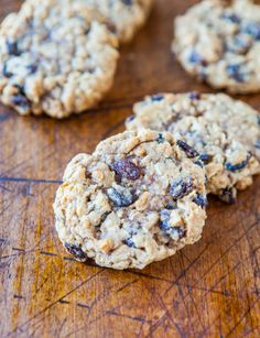 Thick and Chewy Oatmeal Raisin Cookies averiecooks.com 1c raisins OR ch.chips