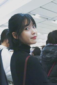 Twitter Iu Short Hair, Iu Hair, Short Hair Styles, Iu Twitter, Snow Girl, Mr Style, Cute Poses, Korean Celebrities, Actors & Actresses