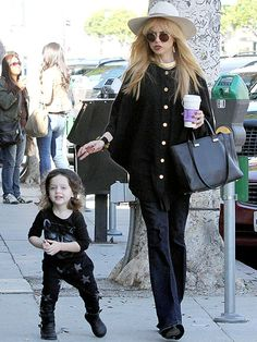 Star Tracks: Monday, January 6, 2014 | MOMMY & ME | Stylist Rachel Zoe leaves newborn son Kaius (who was born on Dec. 22) at home for a little one-on-one time with firstborn son Skyler, 2½, in Beverly Hills on Friday.