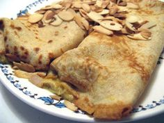 Hanna Is Hungry: Recipe | Curried Chicken Crepes