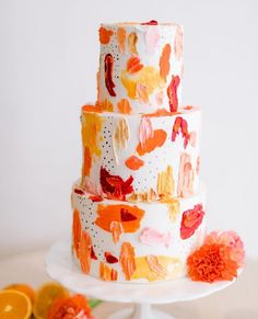 We're spilling the juice on this painterly mid-century wedding inspiration with a citrus palette and contemporary-meets-exotic style. No pun in. Cute Cakes, Pretty Cakes, Beautiful Cakes, Amazing Cakes, Cake Cookies, Cupcake Cakes, Brushstroke Cake, Oreo Cake Pops, Let Them Eat Cake
