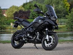 Motorcycle Info Pages - Featured R1200GS's > Panda Moto R1200GSA 'BlackMat'