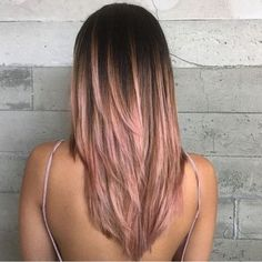 Wonderful Pic Rose Gold Hair balayage Concepts Issues looked at the curly hair shade trends for your interpersonal media supply not too long ago, w Rose Gold Hair Brunette, Ombre Hair, Rose Gold Ombre, Rose Gold Balyage, Balayage Hair Rose, Blonde Pink, Rose Hair, Haircuts For Long Hair, Straight Hairstyles