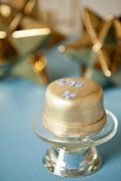 little gold cake