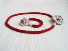 Handmade Flowers Necklace and Bracelet  Knitted by TaniaNeedleArt, $19.90 https://www.etsy.com/listing/130699762/handmade-flowers-necklace-and-bracelet?ref=related-0