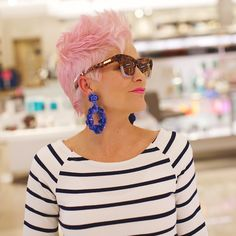 Chic Over 50 - Chic Over 50