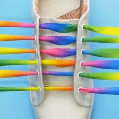 Shoelace styles you must try to pep-up y - 5 Min Crafts Videos Ways To Lace Shoes, How To Tie Shoes, Ways To Tie Shoelaces, Shoe Lacing Techniques, Costura Fashion, 5 Min Crafts, Diy Crafts, Diy Fashion Hacks, Creative Shoes