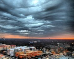 #Atlanta Feb. 25, 2014: Undulatus #Asperatus #clouds, River of the Sky. Rare in the South. Some look like a van Gogh painting: http://www.11alive.com/news/article/322640/40/Rare-river-of-the-sky-clouds-hover-over-Atlanta-