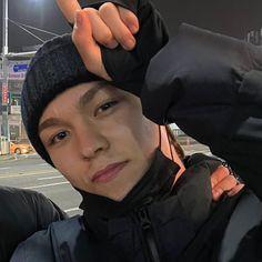 Vernon Seventeen, Seventeen Debut, Seventeen Memes, Jeonghan, Wonwoo, Choi Hansol, Vernon Hansol, College Boys, Fantastic Baby